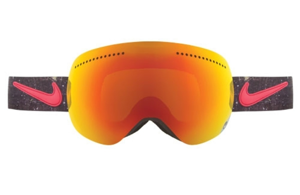 nike snowboard goggles 2017